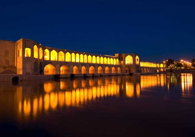 اصفهان، غافل از گردشگری شب