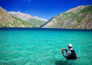 دریاچه ی زیبای فیروزه ای رنگ گهر لرستان