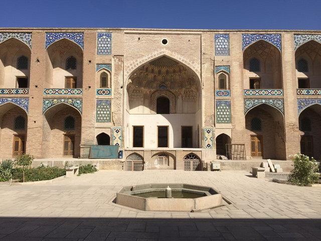 کاروانسرای وکیل در کرمان