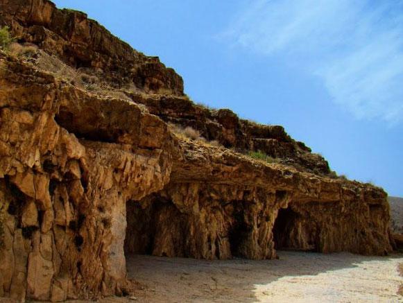 غار سنگ شکن