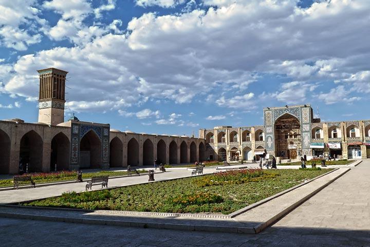 میدان و مسجد گنجعلی خان کرمان