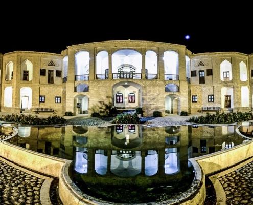 باغ موزه اکبریه